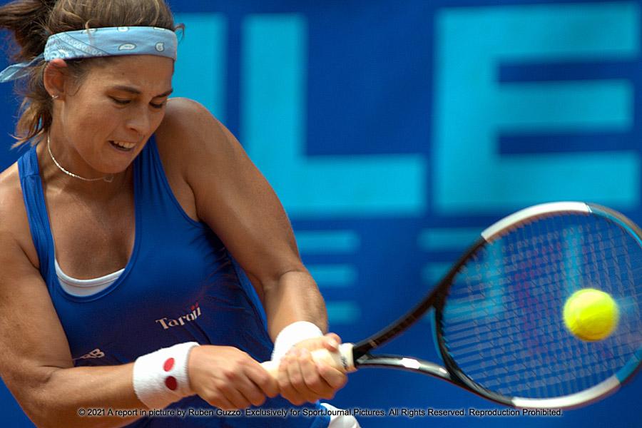 Carolina Alves (BRA)